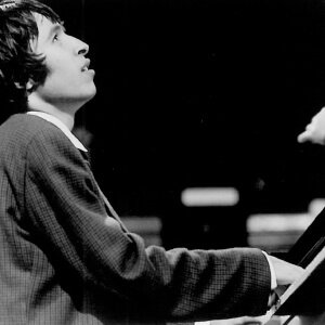 1972_Murray Perahia.jpg